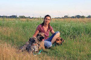 Canis Hundetrainerin Jennifer König mit ihren 3 Hunden